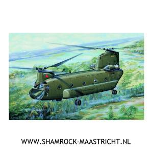 Trumpeter CH-47A Chinook 1/72