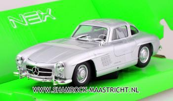 Welly Mercedes-Benz 300 SL 1/24